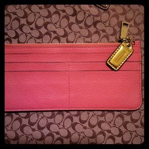 PINK COACH COIN AND CARD HOLDER